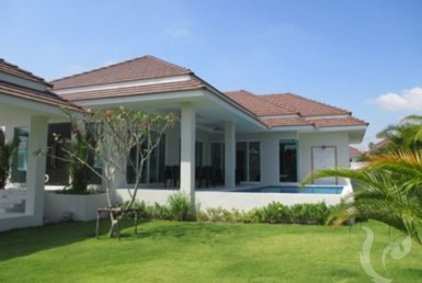 13847 - 3 bdr Villa for sale in Hua Hin - Black Mountain