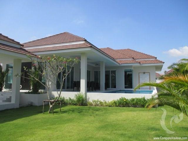 13847 - 3 bdr Villa for sale in Hua Hin - Black Mountain