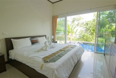 Villa for rent in Layan Beach