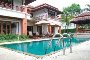 Bangtao Beach villa in 5 star hotel