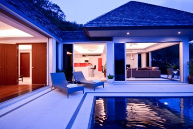Ocean view villas in Layan Beach