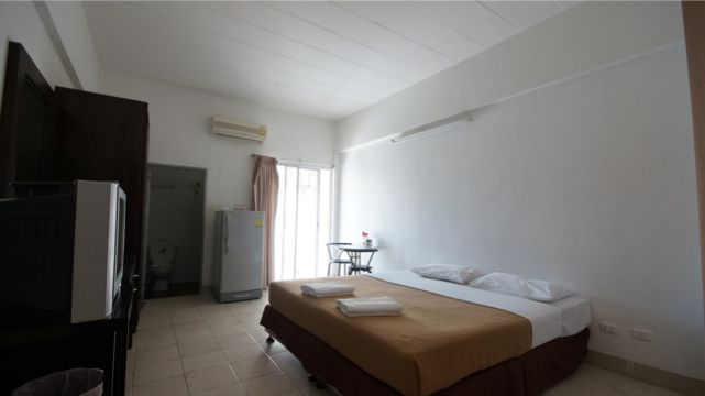 Guesthouse for sale in downtown Phuket