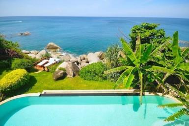 Oceanfront Balinese style villa