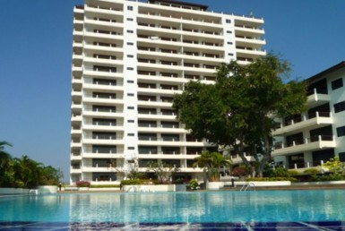 576 - 4 bdr Apartment for rent in Hua Hin - Cha Am