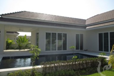 14267 - 3 bdr Villa for rent in Hua Hin
