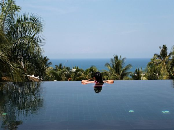 Large Ocean View luxury villa in managed estate