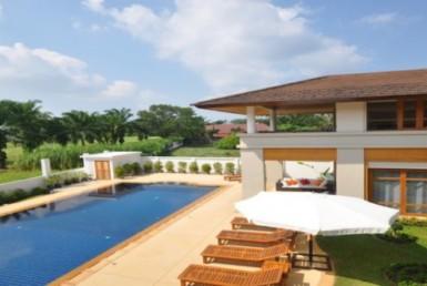 Golf Course front villa