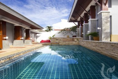 13479 - 3 bdr Villa for sale in Samui - Maenam
