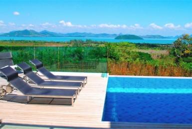 Panoramic sea view villa in Ao Po
