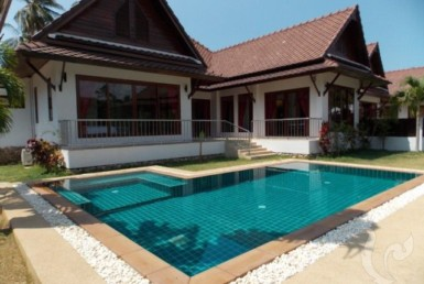 6454 - 3 bdr Villa for sale in Samui - Laem Sor