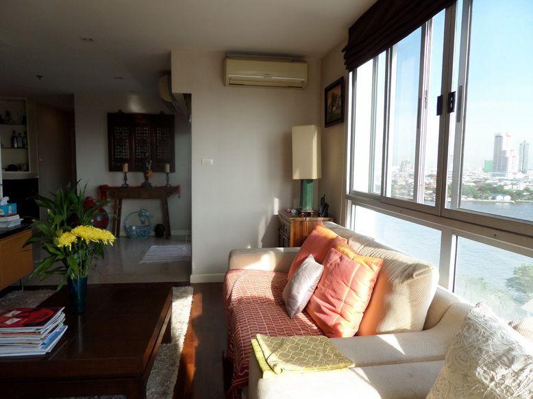 River view condo for sale in Bangkok
