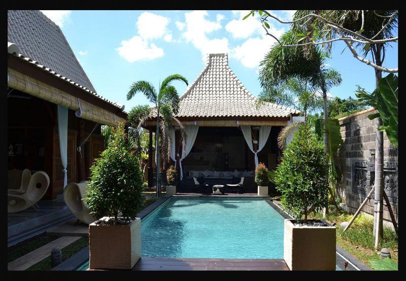 Villa A Vendre A Bali Seminyak Indonesie Un Toit Dans Le Monde