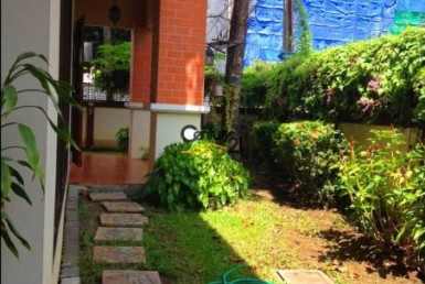 Bangkok Ekkamai - Single House for Rent with swimming pool [HBKR1047TP]