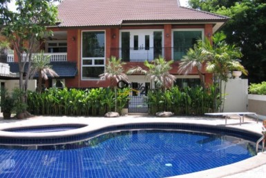 Bangkok Ekkamai - Beautiful House for Rent [HBKR1022TP]