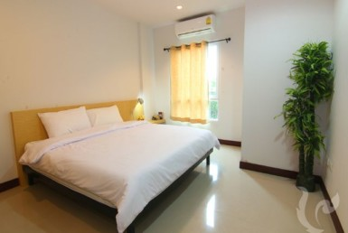 15567 - 2 bdr Condominium for rent in Hua Hin - Center