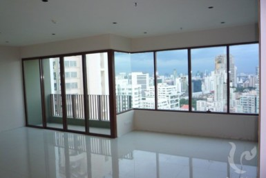 2895 - 2 bdr Apartment for sale in Bangkok - Phrom Phong