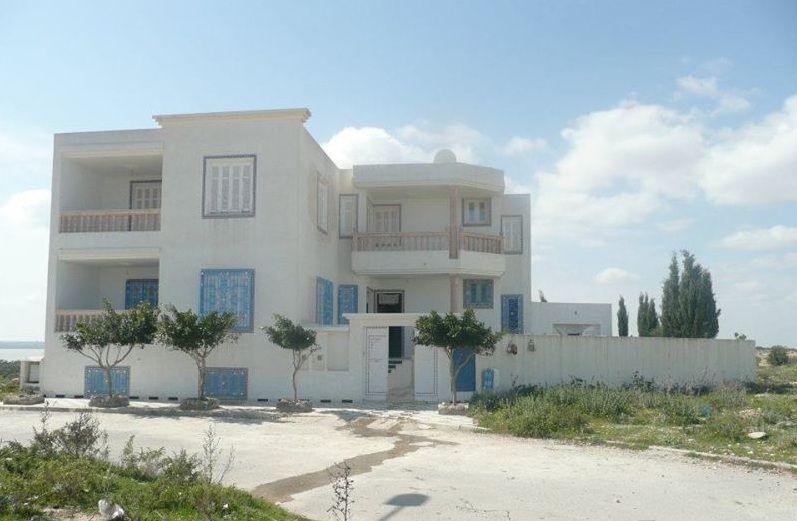 Nice seaview villa for sale in Tunisia