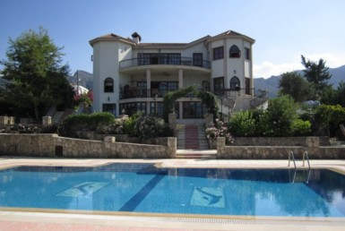 Spacious luxury family home in Northern Cyprus