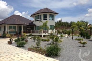 5484 - Exclusive villas with pool
